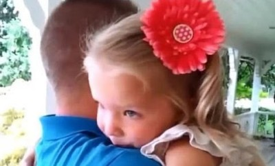 What This 3 Year Old Got For Her Birthday Was Breathtaking. Soldiers Surprise Homecoming